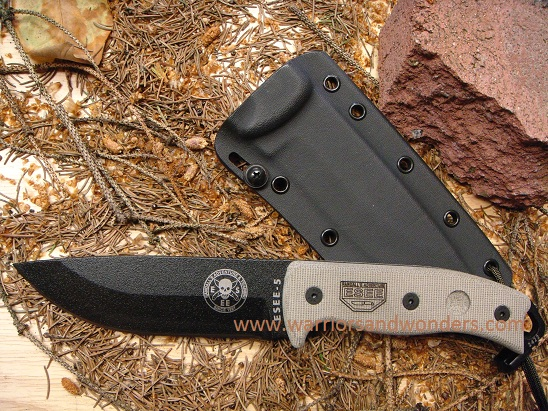 ESEE 5P Black Plain Edge Blade, Black Kydex Sheath