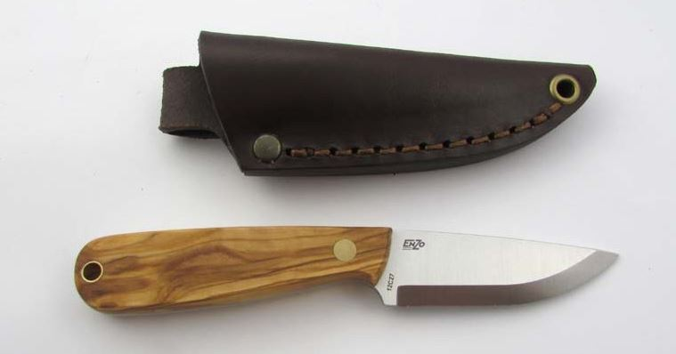 EnZo 9812 Necker 70 Olive Wood with Leather Sheath - Scandi