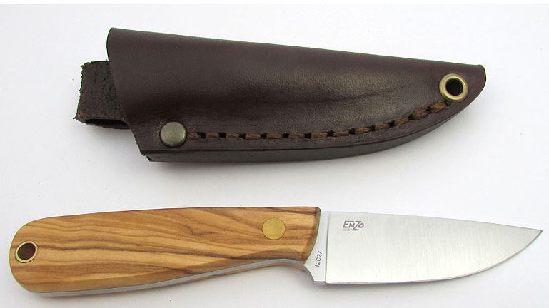 EnZo 9813 Necker 70 Olive Wood with Leather Sheath - Flat