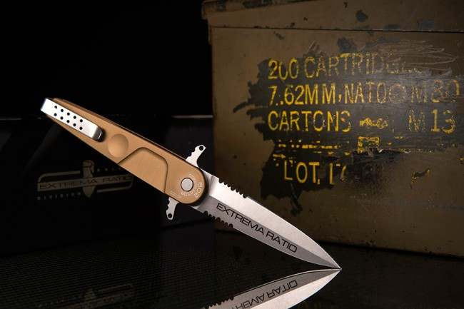 Extrema Ratio BD2 Contractor Double Edge Folder - Desert