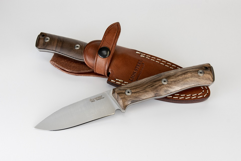 Lion Steel B35 WM Sleipner Fixed Blade - Walnut