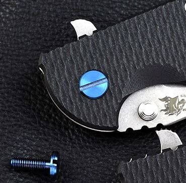 Hinderer XM-18 3.5 and 4.0 Titanium Pivot Screw Blue Ano (Online