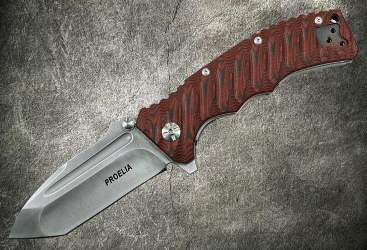 Defcon 010RS Proelia Tanto Satin D2 Red and Black (Online Only)