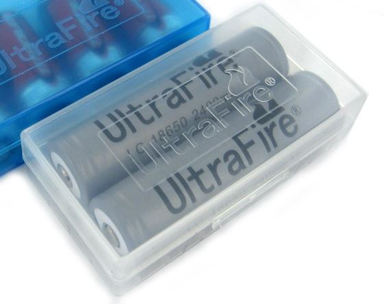 UltraFire Basic Plastic Battery Case - Clear [Large]