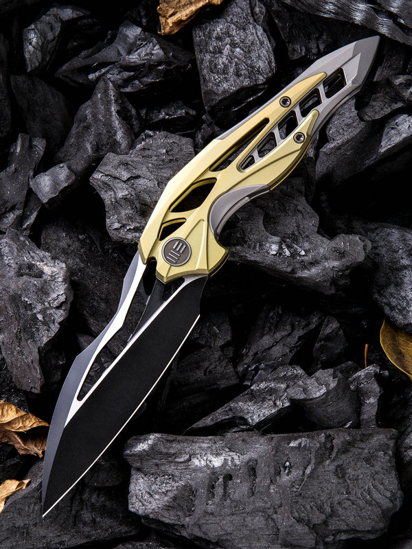 WE Knife 906A Arrakis Isham Black M390 Gold and Grey Titanium