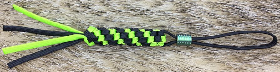 WE Knife A-01A Lanyard Green & Black w/ Green Ti Bead
