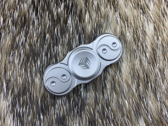WE Knife S01C Titanium Spinner - Plain