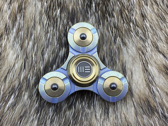 WE Knife S02B Titanium Fidget Spinner - Gold/ Blue